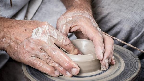 Dziecięce warsztaty ceramiczne